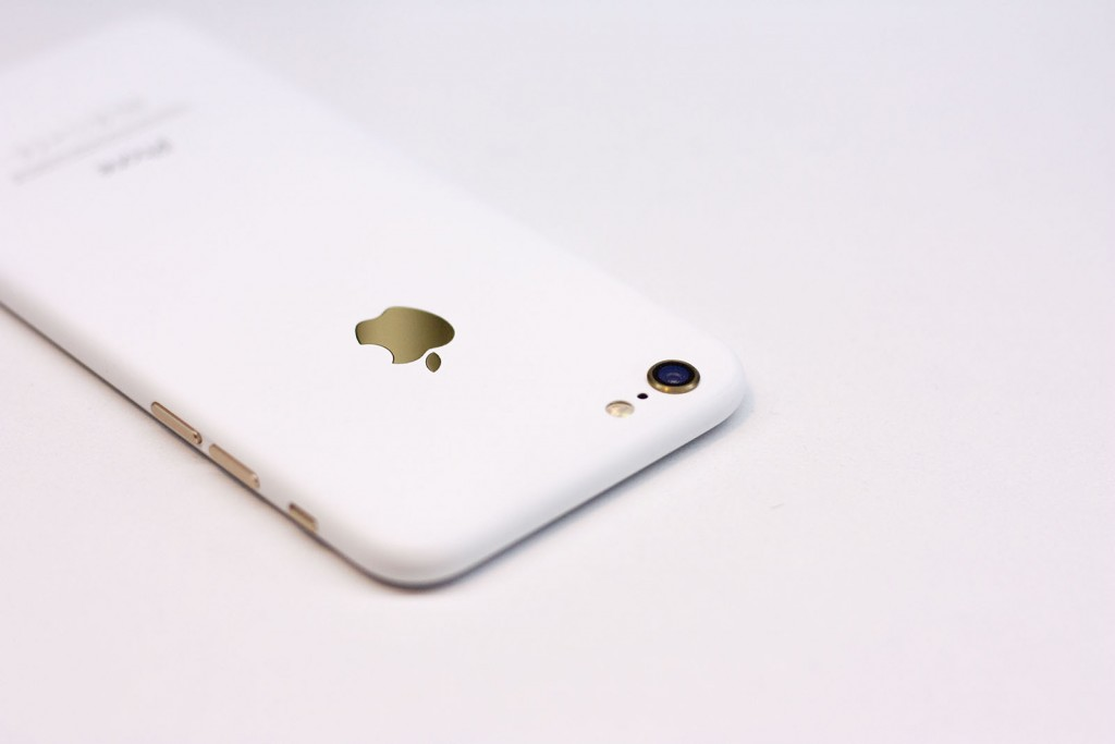 iPhone-6-matte-white-2-1024x683